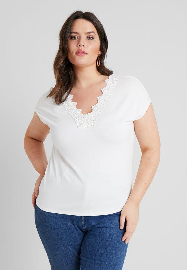 VMSANNE WIDE CROCHET - Print T-shirt - snow white
