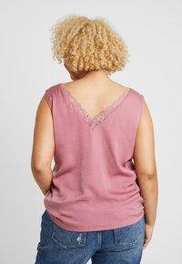 Vero Moda Curve - VMSANDRA - Blouse - mesa rose - 2