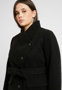 Vero Moda Curve - VMCALAMARIA JACKET - Cappotto corto - black - 4