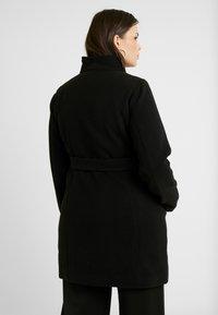 Vero Moda Curve - VMCALAMARIA JACKET - Cappotto corto - black - 2