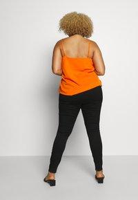 Vero Moda Curve - VMSOPHIA  - Skinny džíny - black - 2