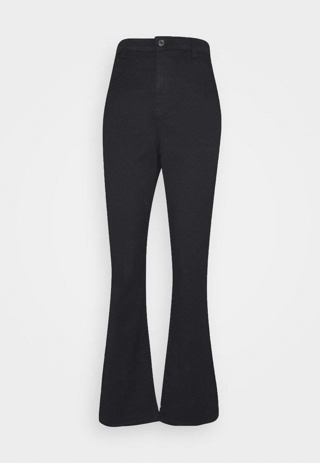VMMARIA  - Flared jeans - black