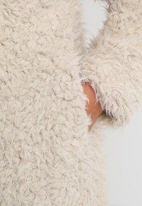 Vero Moda Curve - Classic coat - oatmeal - 6