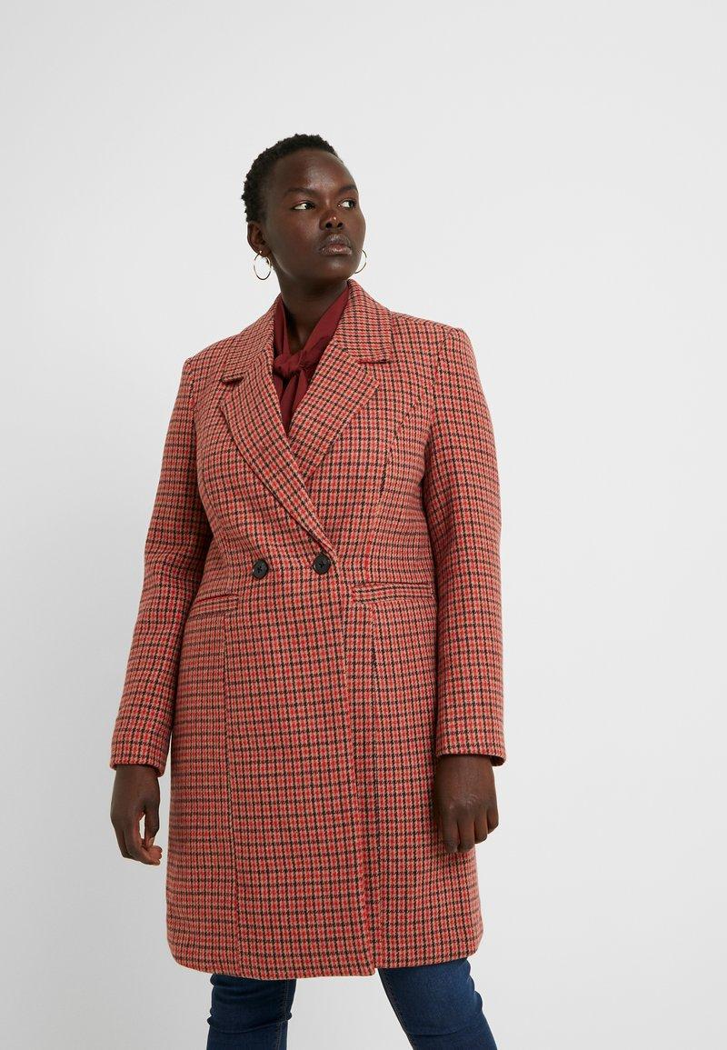 Vero Moda Curve - Zimní kabát - high risk red