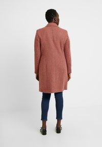 Vero Moda Curve - Zimní kabát - high risk red - 2