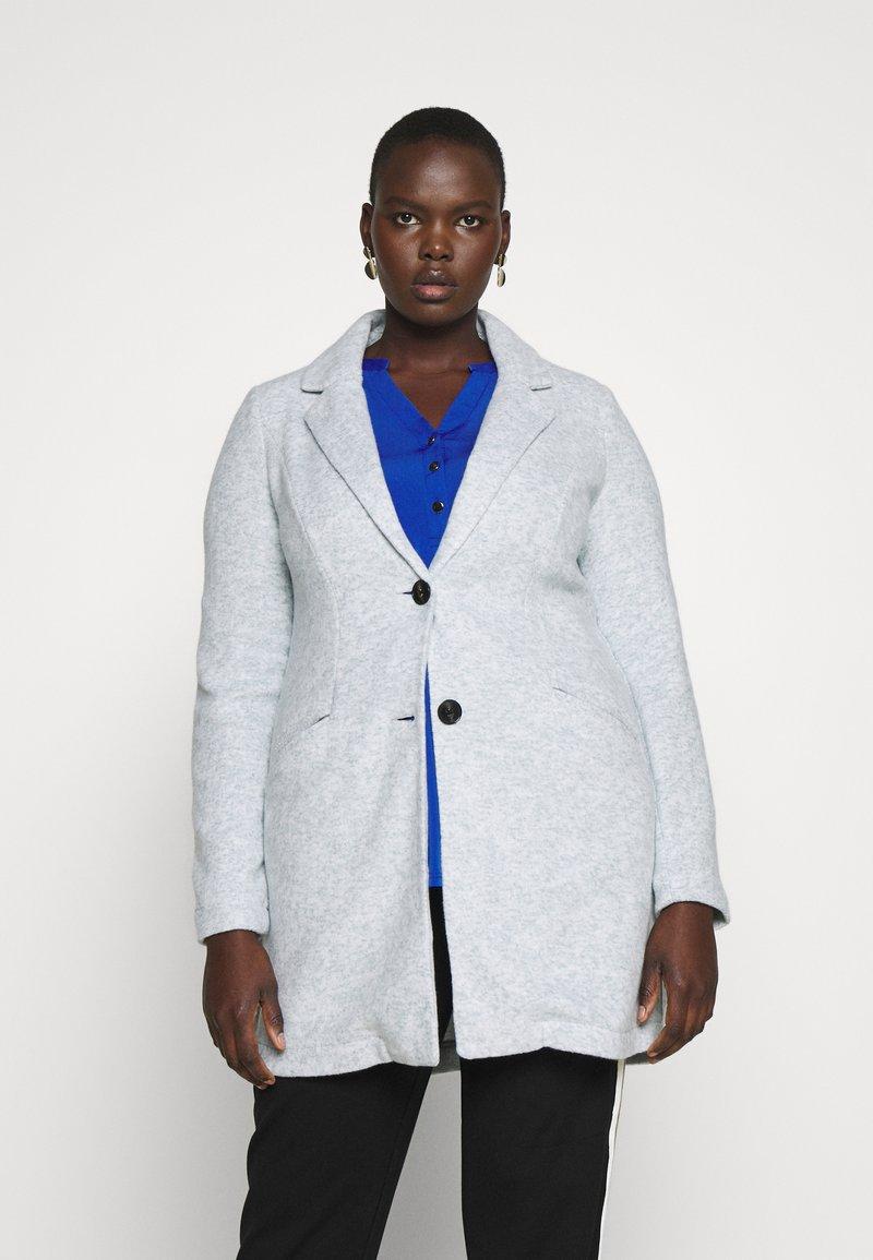 Vero Moda Curve - VMMARBLEBELLA JACKET - Krátký kabát - slate