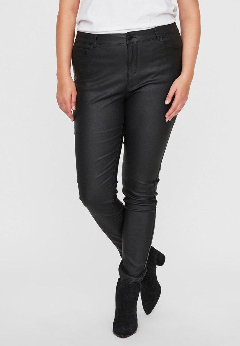 Vero Moda Curve - Jeans Skinny Fit - black