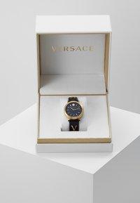 Versace Watches - V- TWIST - Watch - black - 3