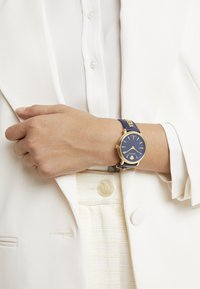 Versace Watches - CIRCLE LOGOMANIA EDITION - Klokke - blue - 0