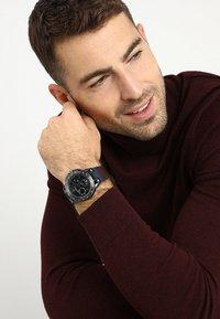 Versace Watches - SPORT TECH - Montre à aiguilles - blue - 1