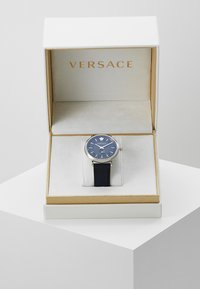 Versace Watches - V-CIRCLE THE MANIFESTO EDITION - Ure - blue - 4