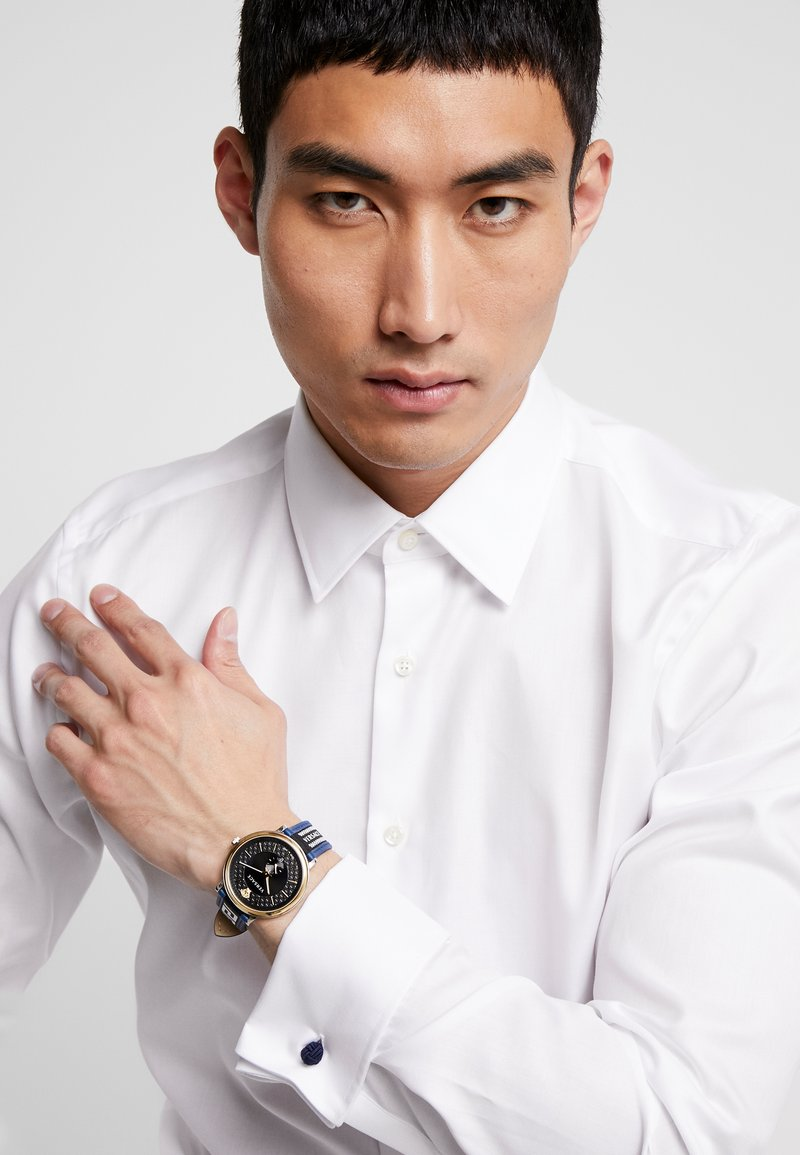 Versace Watches - CIRCLE GRECA EDITION - Reloj - blue