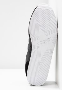 Versace Jeans Couture - Sneaker low - black - 6
