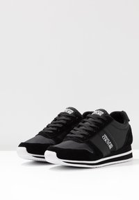 Versace Jeans Couture - Sneaker low - black - 4