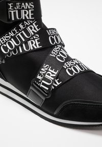 Versace Jeans Couture - High-top trainers - black - 2
