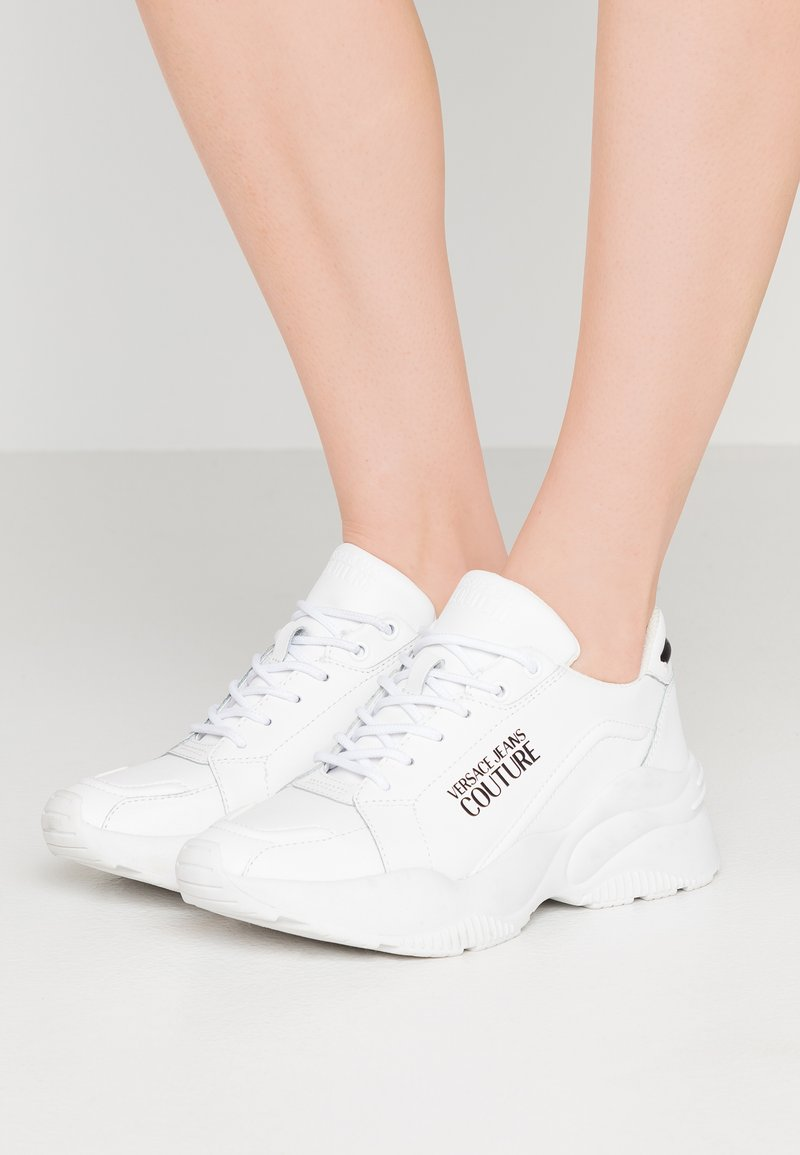 Versace Jeans Couture - Sneakers - bianco ottico