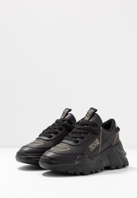 Versace Jeans Couture - LINEA FONDO SPEED 1 - Trainers - black - 4