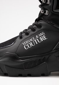 Versace Jeans Couture - LINEA FONDO SPEED  - High-top trainers - black - 2