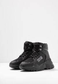 Versace Jeans Couture - LINEA FONDO SPEED  - High-top trainers - black - 4