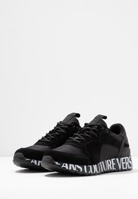 Versace Jeans Couture - LINEA WAVE - Trainers - black - 4