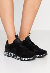 Versace Jeans Couture - LINEA WAVE - Trainers - black - 0