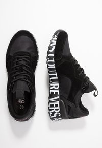 Versace Jeans Couture - LINEA WAVE - Trainers - black - 3