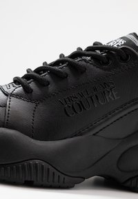 Versace Jeans Couture - Sneaker low - nero - 2