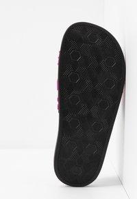 Versace Jeans Couture - Sandali da bagno - black - 6