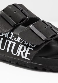 Versace Jeans Couture - Slippers - nero - 2
