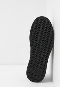 Versace Jeans Couture - LINEA FONDO PENNY - Trainers - nero - 6