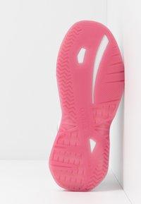Versace Jeans Couture - LINEA FONDO FIRE ONE - Trainers - bianco ottico - 6