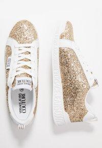 Versace Jeans Couture - LINEA FONDO PENNY - Matalavartiset tennarit - gold - 3