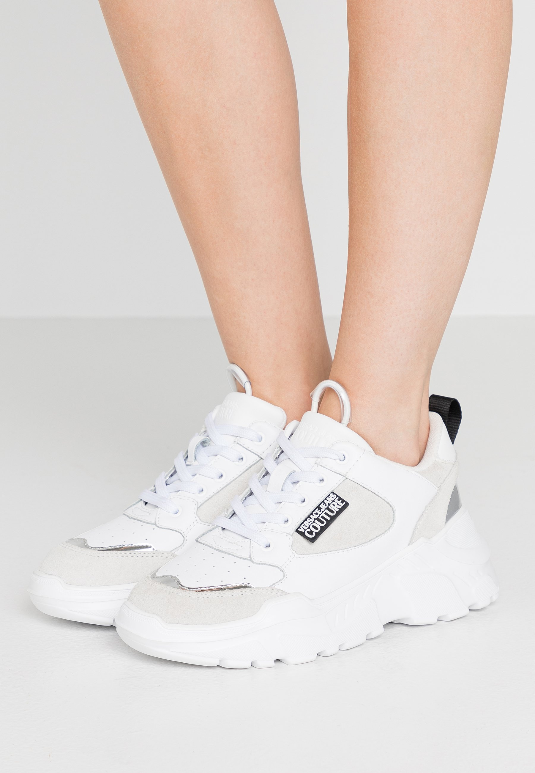 Versace Jeans Couture Baskets basses bianco ottico