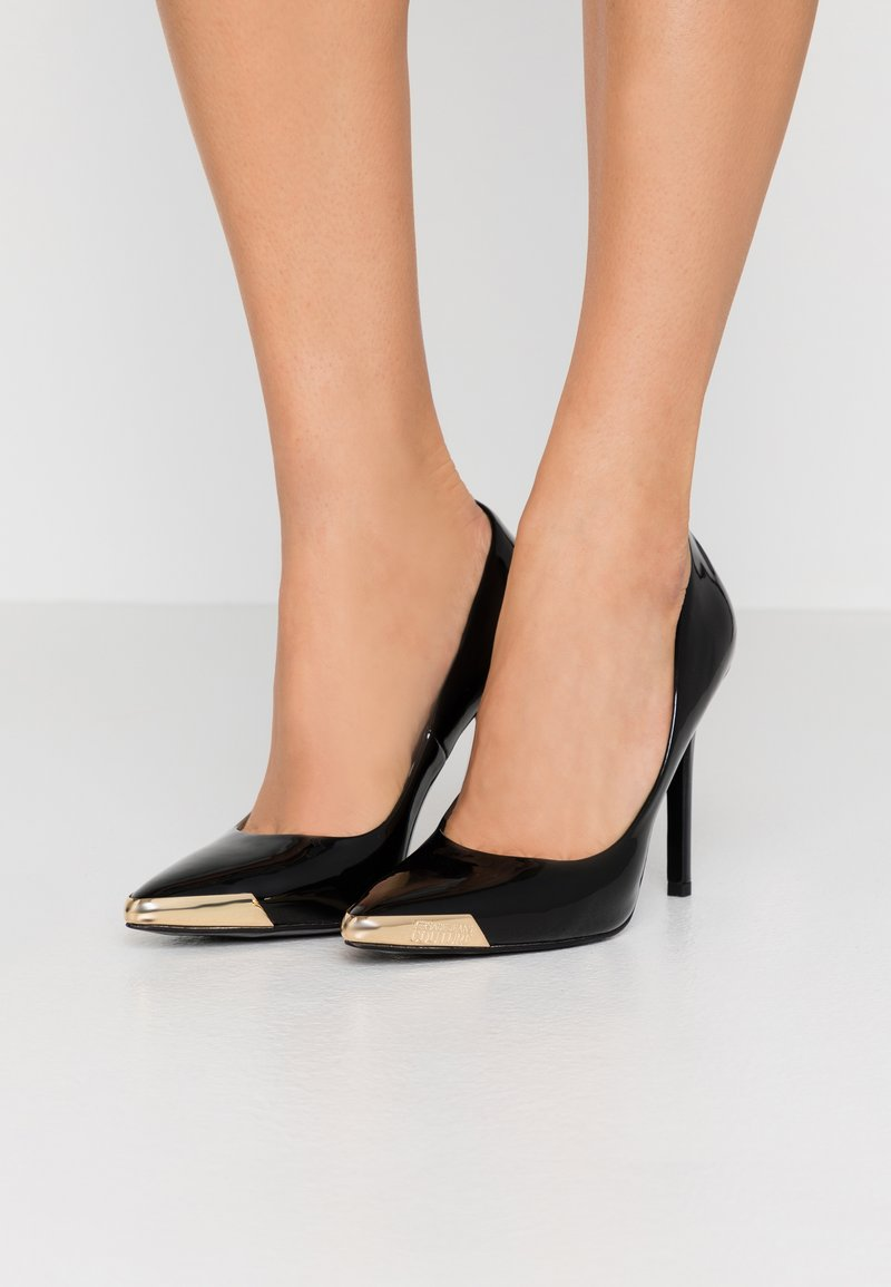Versace Jeans Couture - Højhælede pumps - nero