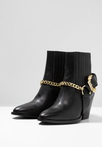 Versace Jeans Couture - Cowboy/biker ankle boot - nero - 4