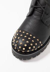 Versace Jeans Couture - Bottines à plateau - nero - 2