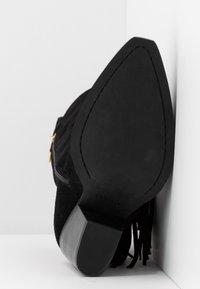 Versace Jeans Couture - LINEA FONDO CAMPEROS - Cowboy-/Bikerstiefelette - black - 6