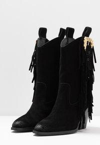 Versace Jeans Couture - LINEA FONDO CAMPEROS - Cowboy-/Bikerstiefelette - black - 4