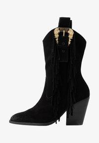 Versace Jeans Couture - LINEA FONDO CAMPEROS - Cowboy-/Bikerstiefelette - black - 1