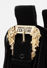 Versace Jeans Couture - LINEA FONDO CAMPEROS - Cowboy-/Bikerstiefelette - black - 2