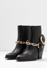 Versace Jeans Couture - High heeled ankle boots - nero - 4