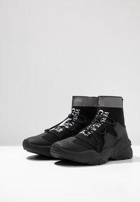 Versace Jeans Couture - LINEA FONDO EXTREME - Sneakers hoog - black - 2