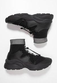 Versace Jeans Couture - LINEA FONDO EXTREME - Vysoké tenisky - black - 1