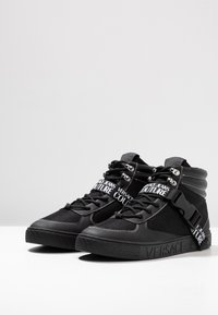 Versace Jeans Couture - FONDO CASSETTA - High-top trainers - black - 2