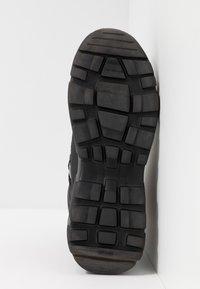 Versace Jeans Couture - LINEA FONDO SPEED  - Sneakers alte - black - 4