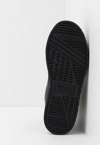 Versace Jeans Couture - CASSETTA LOGATA  - High-top trainers - black - 4