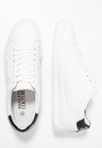 Versace Jeans Couture - LINEA FONDO BRAD DIS 2 - Sneaker low - white - 1