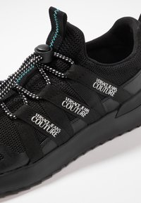 Versace Jeans Couture - LINEA FONDO RUNNING - Sneakers - black - 5