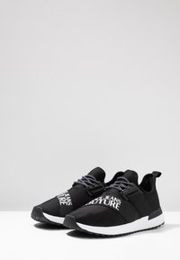 Versace Jeans Couture - LINEA FONDO SUPER  - Sneakers laag - black - 2
