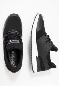 Versace Jeans Couture - LINEA FONDO SUPER - Sneakers - nero - 1